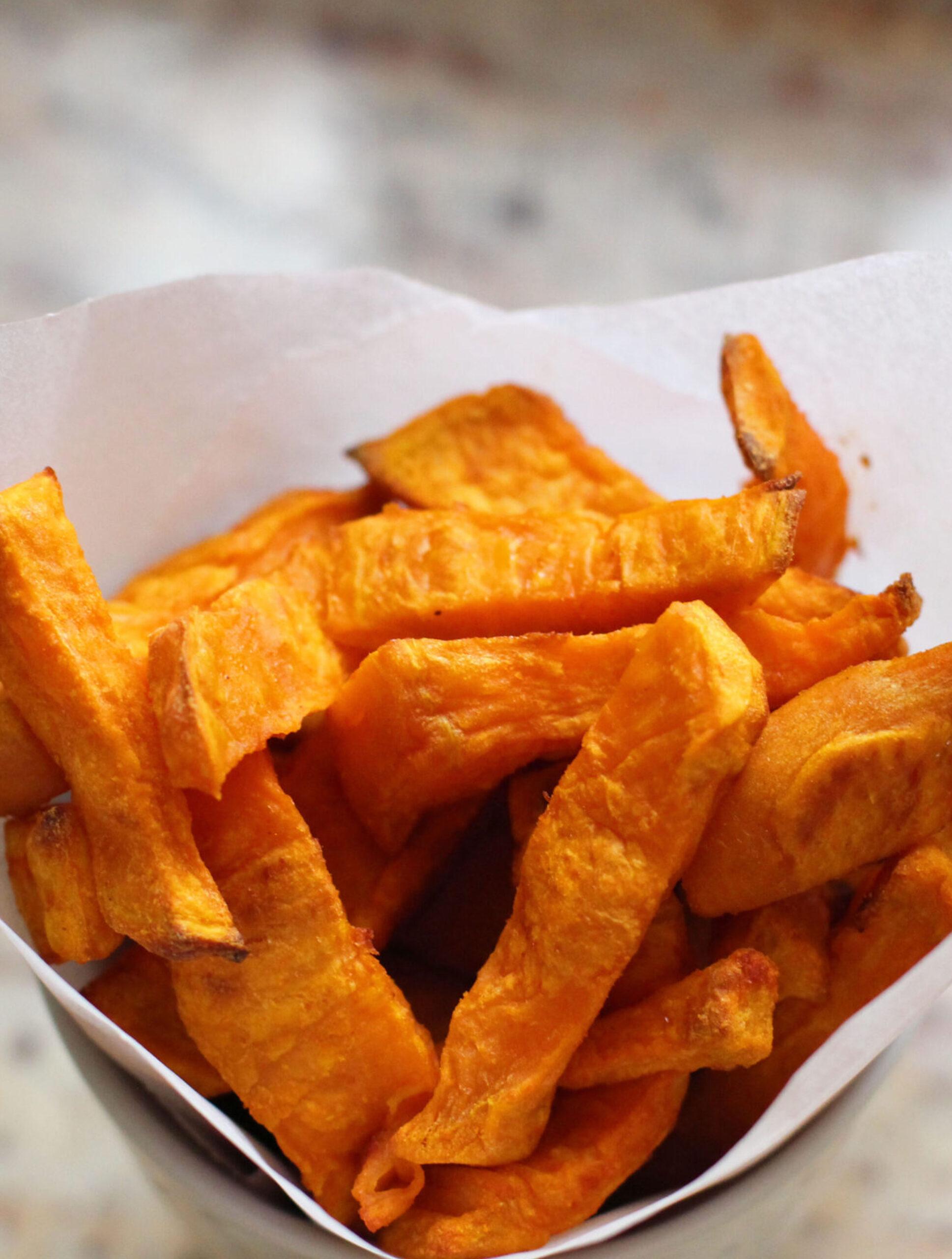 Frites de patates douces au paprika