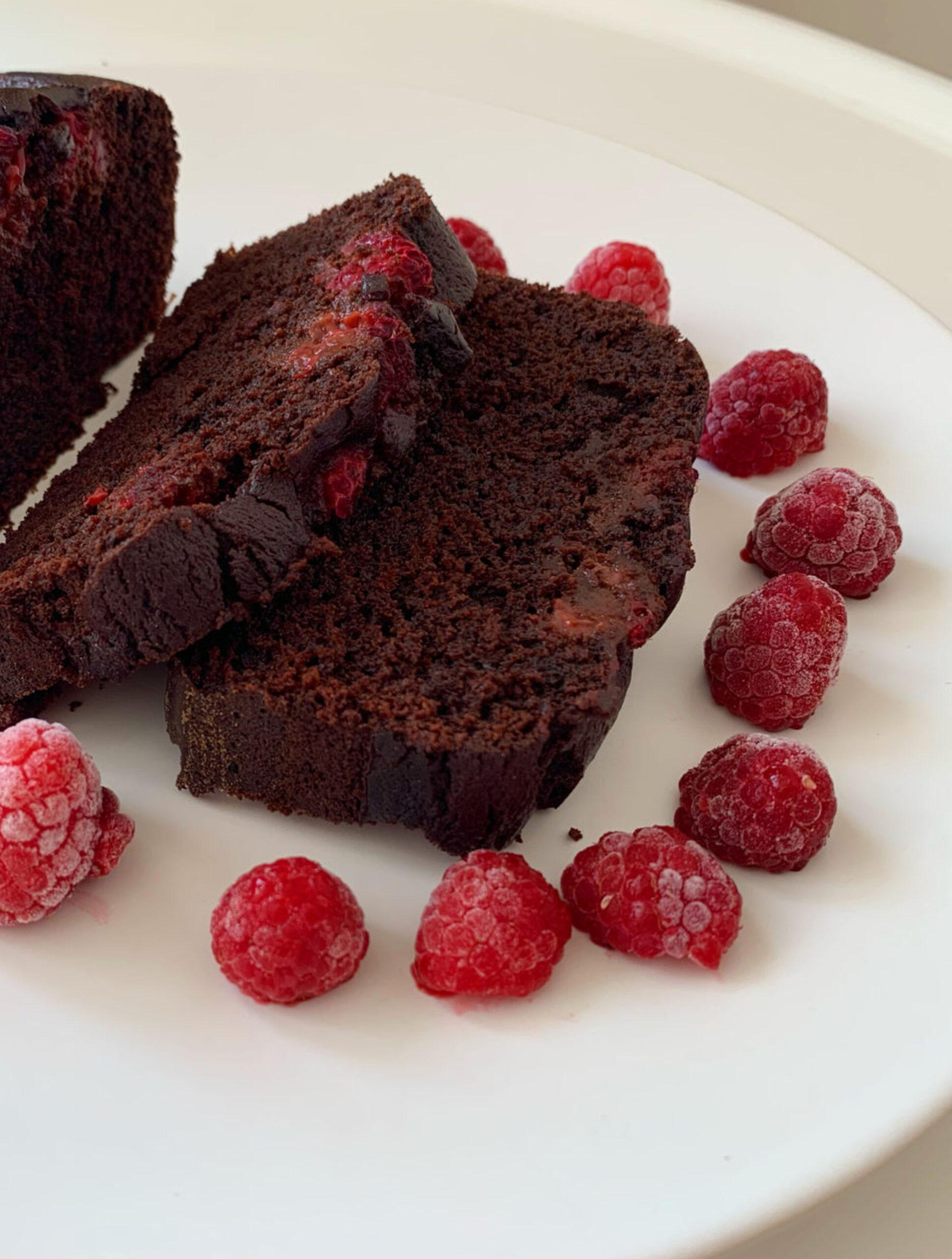 Cake chocolat noir et framboises